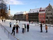 Зимние развлечения в Таллине: катание на коньках в Старом городе