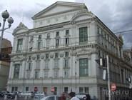 Здание городской Оперы