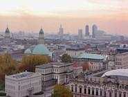 Вид на центральную часть Берлина, на переднем плане Unter den Linden