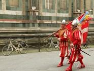 Участники флорентийского Новогоднего парада