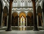 Внутренний двор музея Медичи
