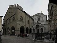Портал собора в Бергамо
