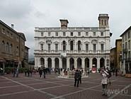 Дворец Palazzо Nuovo