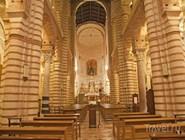Интерьер базилики Сан-Лоренцо