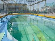 Один из трех бассейнов с целебной водой