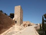 Башня в Кастильо-де-Сан-Фернандо