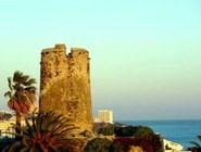 Башня Torre Bermeja в Бенальмадене