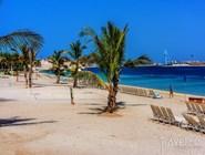 Пляж водного парка Aquaventure в отеле Atlantis the Palm