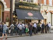"""Популярный паб """"Westminster Arms"""""""