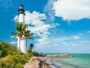 Маяк Cape Florida в южной части Ки-Бискейн