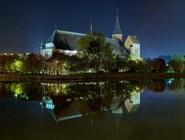 Кафедральный собор Калининграда вечером