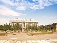 Площадь Революции