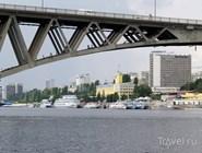 Вид на мост и набережную Саратова