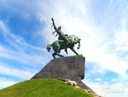 Символ Уфы - памятник Салавату Юлаеву