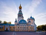 Собор Святой Софии и Воскресенская церковь