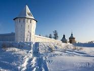 Стены Спасо-Прилуцкого монастыря