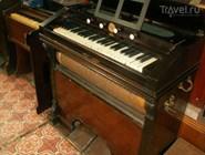 Экспонат Музея музыкальных инструментов