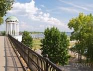 Знаменитая ярославская беседка на набережной