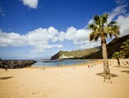 Песчаный пляж в Санта-Крус-де-Тенерифе