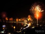 Ночная жизнь: фейерверки над  Паттайей