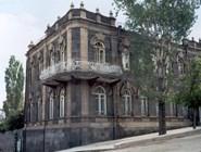Здание в Карсе