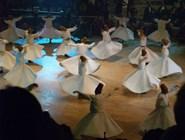 Танец дервишей в Мевляну
