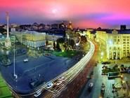 Вечерняя панорама площади Независимости