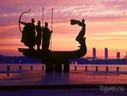 Монумент основателям Киева, установленный в 1982 году