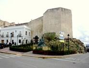 Одна из стен Castillo de Guzman в Тарифе