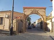 Старая арка в Евпатории
