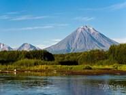 Корякский вулкан и река Авача