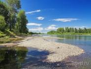 Место впадения реки Абакан в Енисей