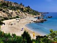 Небольшой пляж Konnos в Протаросе