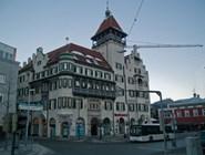 Здание Sparkasse на площади Oberer Stadtplatz