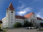 Замок Wiener