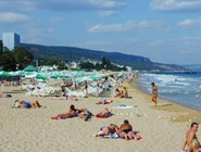 На пляже курорта Златни-Пясыци