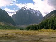 Долина Актру. Вид на г. Караташ