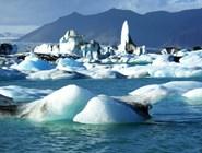 Ватнайокудль (слева вверху) — самый большой исландский ледник и второй по площади покровный ледник в Европе. // фото автора