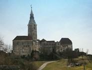 Средневековый замок в Гюссинге