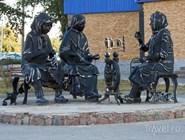 Памятник вязальщицам