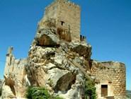 Замок Zuheros в окрестностях Кордовы