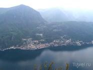 Вид Кампионе-д'Италия с противоположного берега озера Лугано