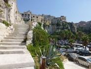 Лестница в прибрежной части города