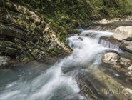 Сероводородные источники находятся в долине реки Мацеста