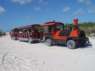Туристический паровозик на Кайо-Ларго
