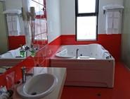 Ванная комната в Grand Hotel Velingrad