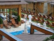 Открытый бассейн в Katarino Spa Complex
