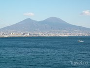 Вид на Везувий со стороны района Назарио Сауро (Неаполь)