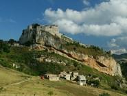 Вид на замок Каккамо, Сицилия