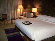 Кровать кинг-сайз в Mandarin Oriental Sanya